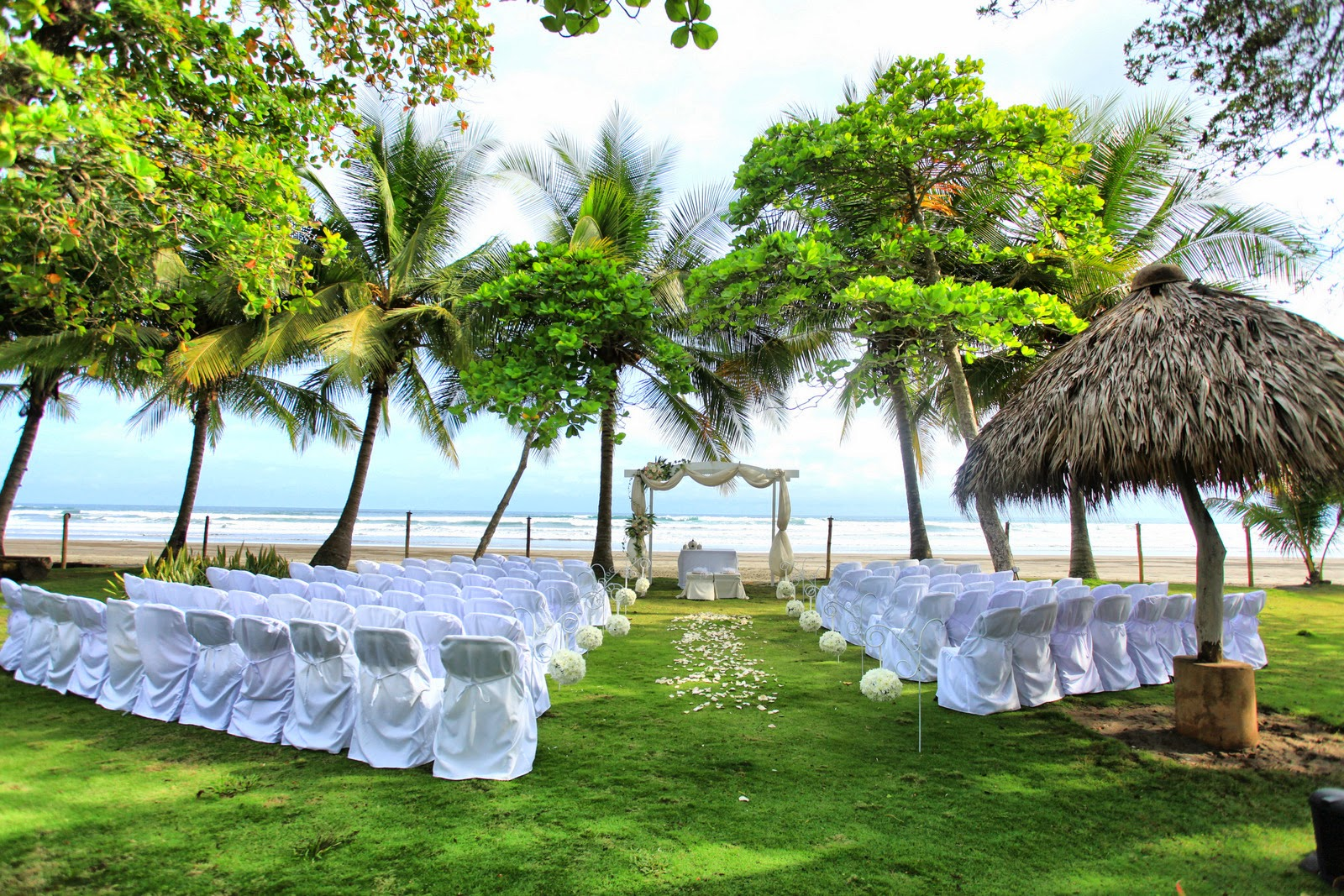 Costa Rica Is One Of The Most Amazingly Beautiful Locations In World To Have A Perfect Destination Wedding Let Us Create Your Dreams